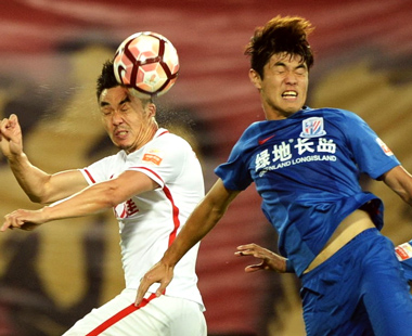 上海申花0:3客负天津权健 后者跻身三甲
